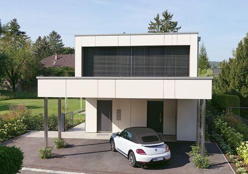Ob Haustür, Nebeneingangstür oder Funktionstür – alle Außentüren von TRENDTÜREN lassen sich perfekt aufeinander abstimmen. TrendLack-Außentüren Modell DS 700 in Anthrazitgrau.